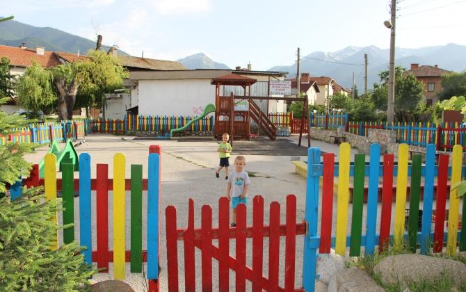 детска площадка - Гроша