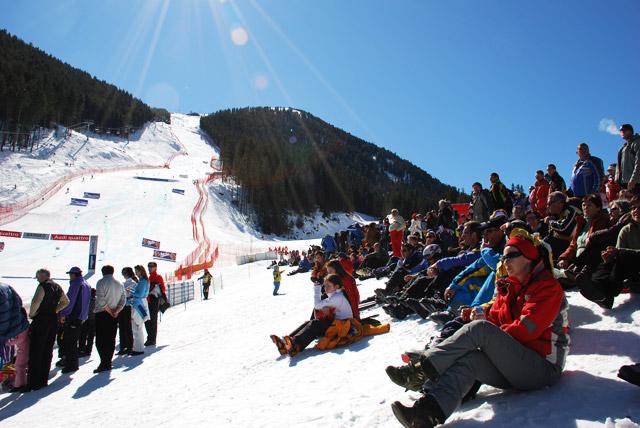 Публиката по време на Световното по Ски в Банско
