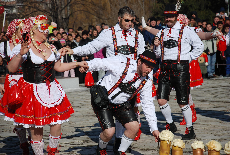 Кукерски Фестивал Старчевата в Разлог