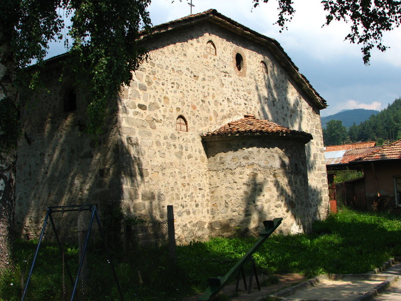 Св. Св. Теодор и Тирон Стратилат в Добърско