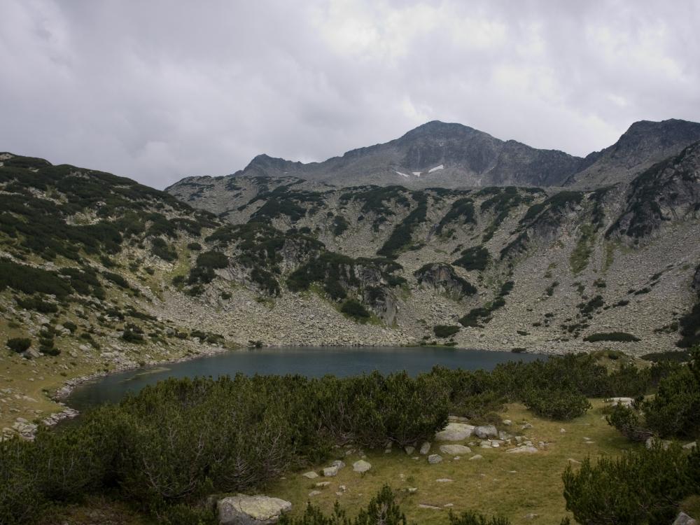 Изглед към Муратово Езеро