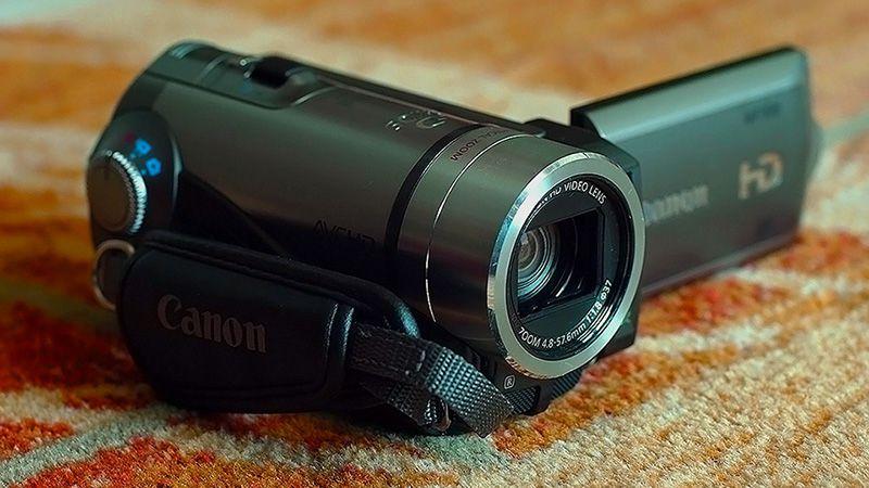4. Снимка на Canon HF100 Нова Full HD Видеокамера Mic - in Пълен комплект