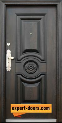 1. Снимка на Блиндирана входна врата модел 539