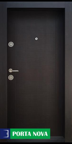 1. Снимка на Блиндирана входна врата с код BG 002
