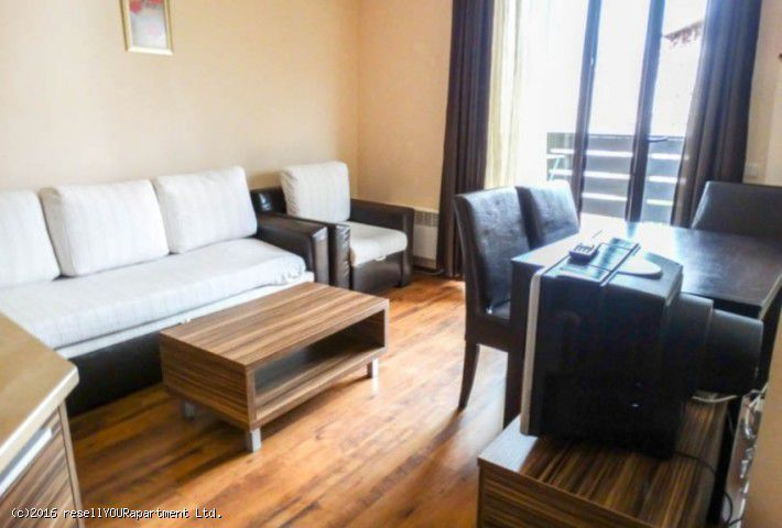 Тристаен апартамент в Банско