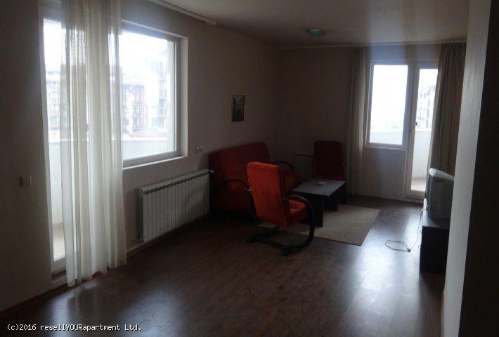 1. Снимка на Изгоден тристаен апартамент на топ локация в БАНСКО