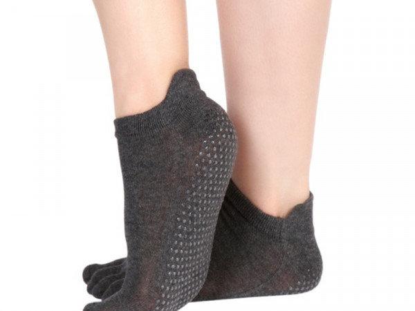 1. Снимка на Чорапи с пръсти