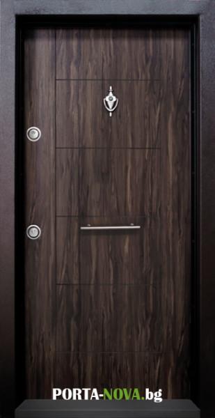 1. Снимка на Блиндирана входна врата модел T - 102