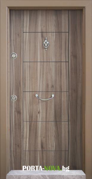 3. Снимка на Блиндирана входна врата модел T - 102