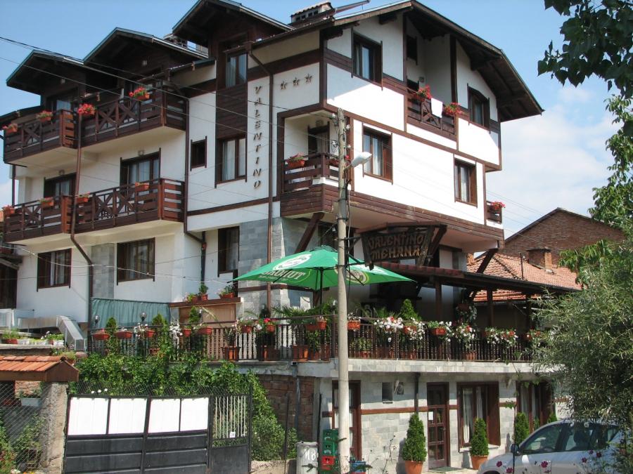 Хотел Валентино Добринище